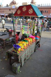 holi colors market