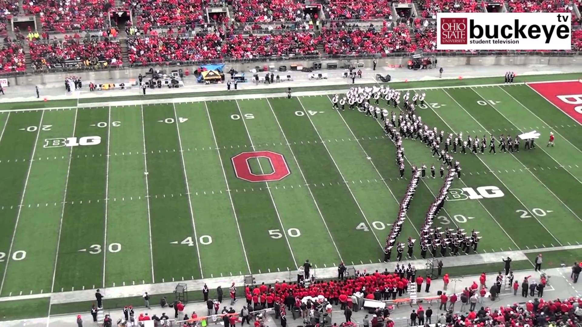 "Ohio State Marching Band ""Michael Jackson Tribute"" Halftime Show (Video)"