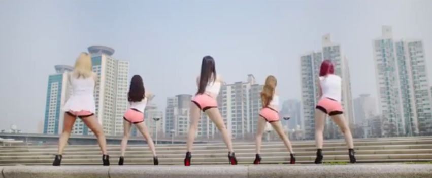 Twerking To Classical Music (Video)